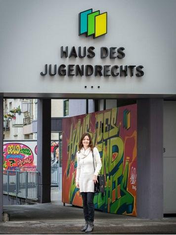Seit 01.10.2017 Leitet Kriminalhauptkommissarin Stefanie Borth Die Polizei  Im Haus Des Jugendrechts. [Pressemitteilung]